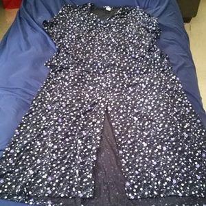 Dresses & Skirts - 2 piece skirt set